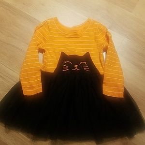 Super adorable! Size 18 months black cat dress.